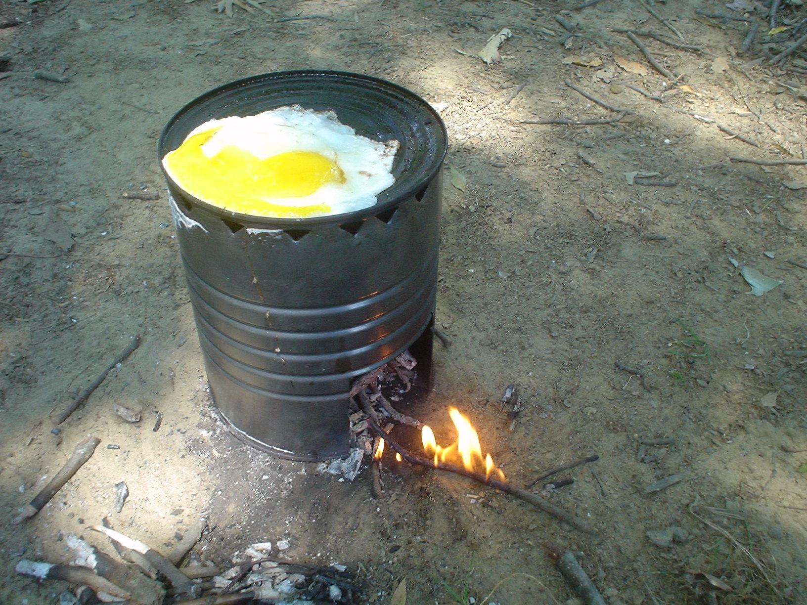 Project make a coffee can stove for How to make a stove